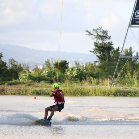 MARTINIQUE WAKE PARK , WAKE BOARD